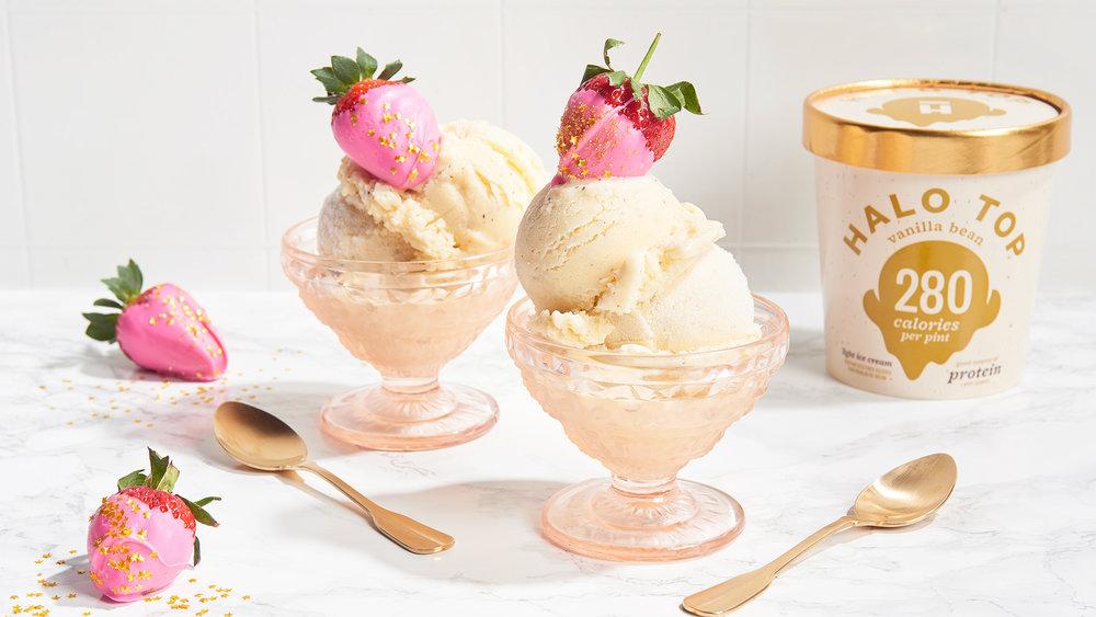 chocolate-rose-strawberries